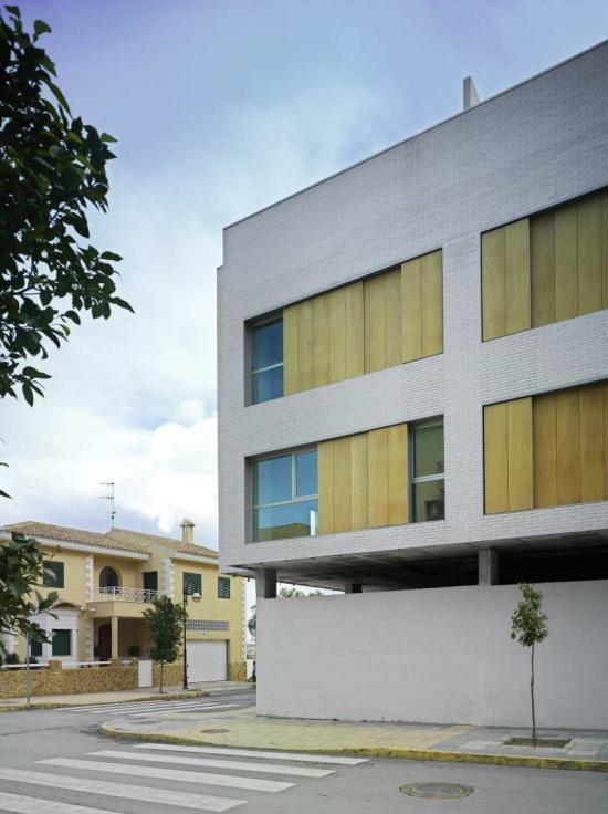 garages-locales-oficinas-viviendas-vera-3